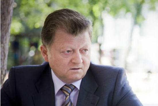 Vladimir_red.jpg