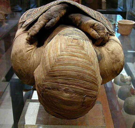 Борис Джонсон оказался потомком обнаруженной вБазеле мумии