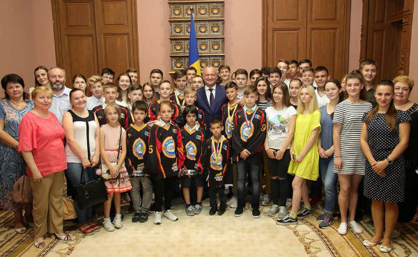 Schoolchildren visited the Presidency and the State Residence