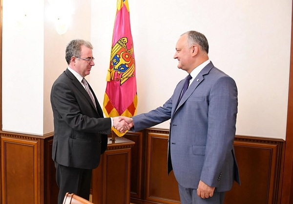 Igor Dodon met with the Ambassador of the Hellenic Republic