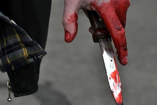 knife_in_blood_red.jpg